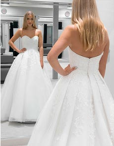 Genevieve - an enchanting ballgown