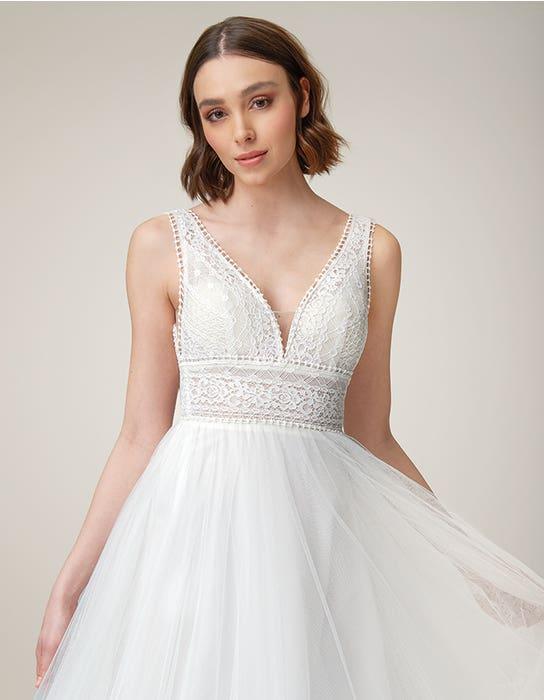 Alma Aline wedding dress front crop Heidi Hudson