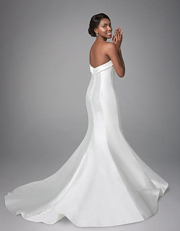Amore fishtail wedding dress back Anna Sorrano th