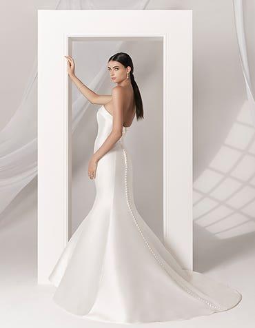 AMORE - a sleek fishtail