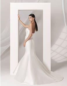 AMORE - ein geschmeidiges Fishtail-Kleid