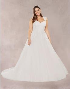 ANNIE - an elegant strapless ball gown