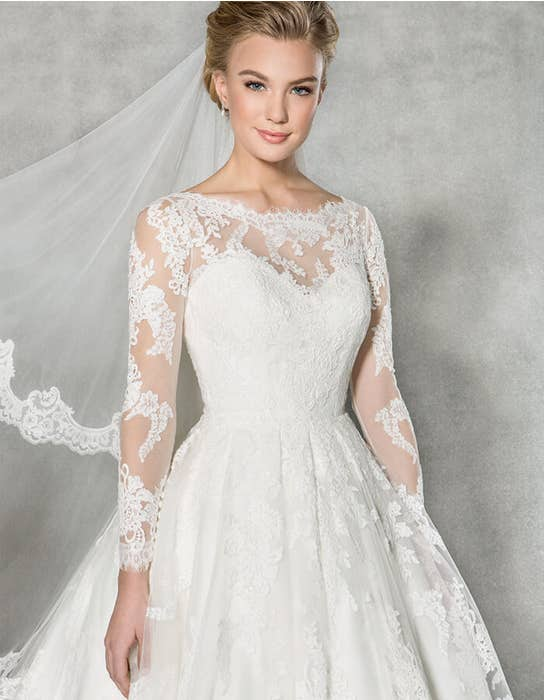 Arlington short wedding dress front crop Anna Sorrano