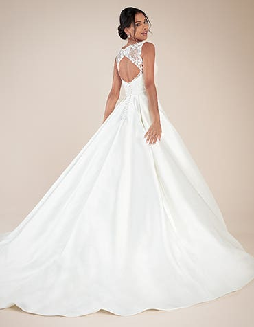 Beckingsale ballgown wedding dress back Anna Sorrano th