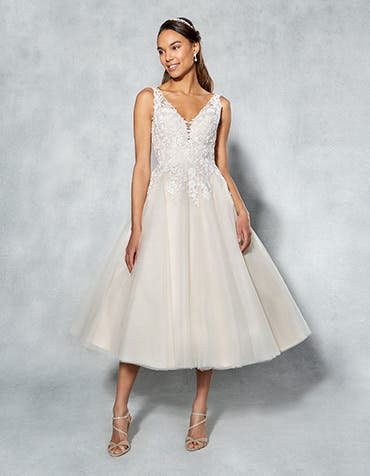 Briony short wedding dress front Viva Bride th