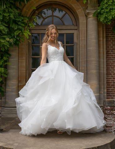 Brynn - une robe de bal hypnotisante