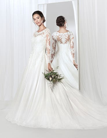 CAMILLA - une robe trapèze intemporelle à manches longues