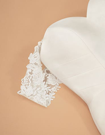 Cara - ivory floral embroidered lace straps