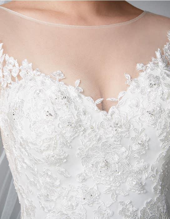 Carlotta fit _ flare wedding dress detail Anna Sorrano