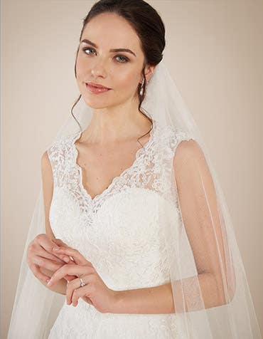 Carmela aline wedding dress front crop Anna Sorrano th