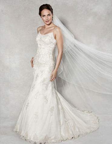 Cosmo fishtail wedding dress front Anna Sorrano th