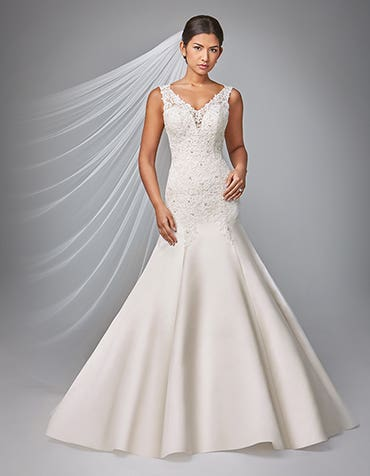 Dania fit and flare wedding dress front Anna Sorrano th