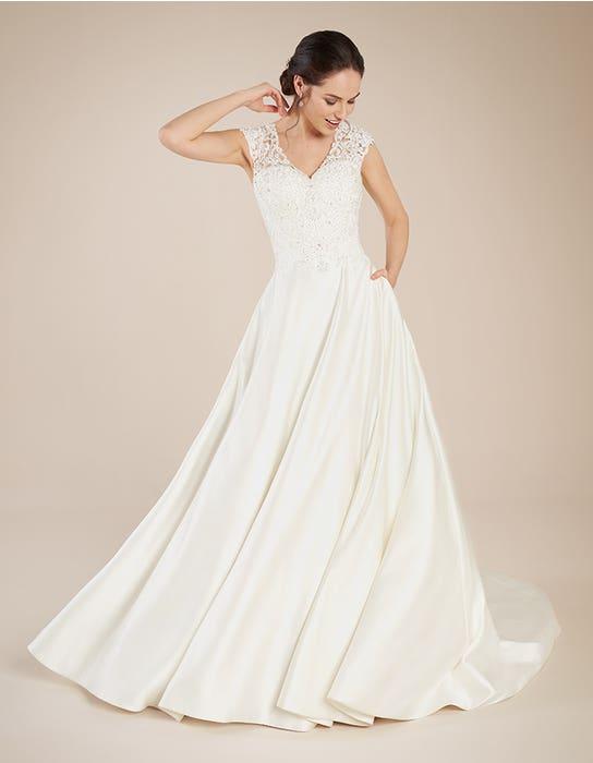 Dawson aline wedding dress front Anna Sorrano