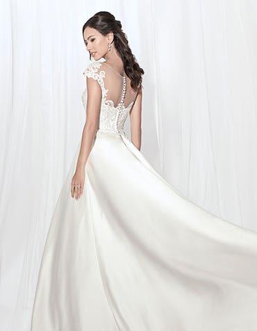 DAWSON - Een geborduurde a-line jurk.