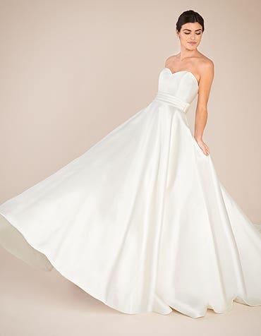 DELANCEY - a classic ballgown