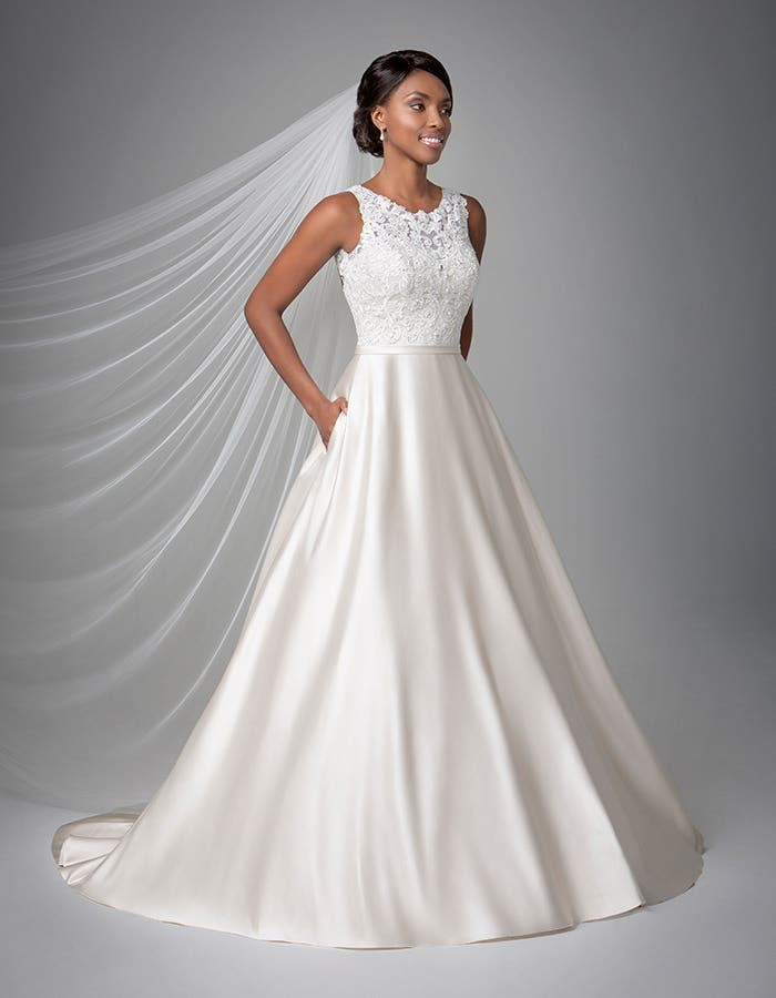 Destin Aline Wedding dress front Anna Sorrano