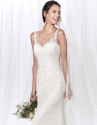 Diana sheath wedding dress edit Anna Sorrano th