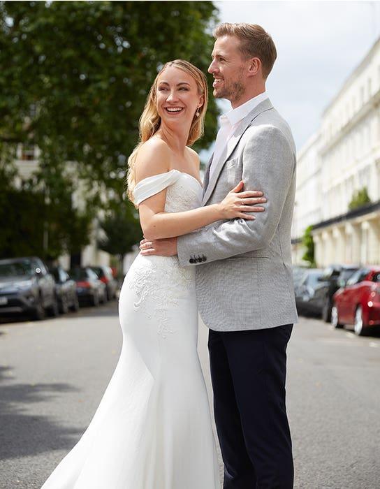 Drew sheath wedding dress back crop Anna Sorrano Edit