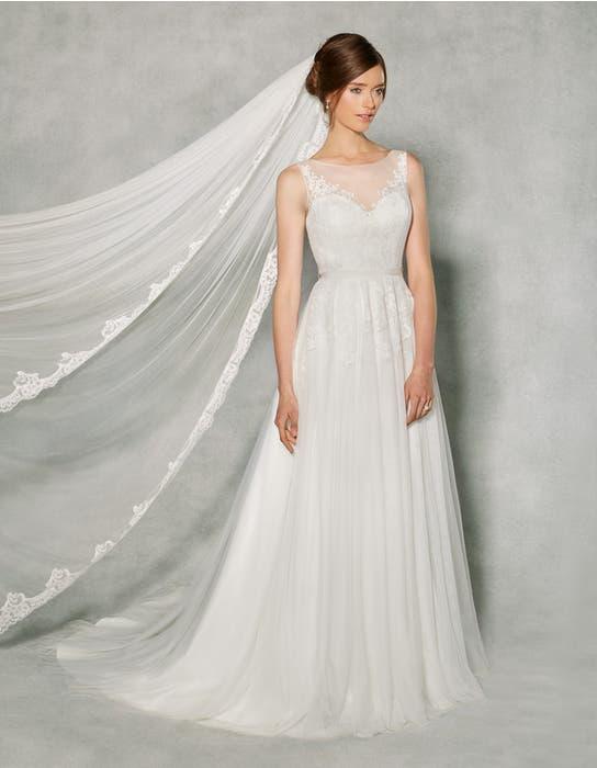 Effie aline wedding dress front Anna Sorrano