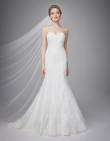 Eleanor fishtail wedding dress front Anna Sorrano th