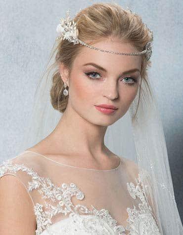FAITH - Een glamour bruidsaccessoire