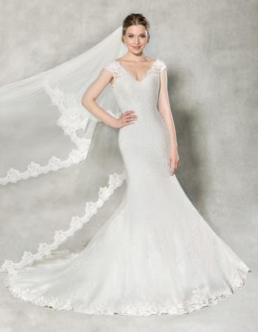 FRANCESCA - une élégante robe sirène en dentelle