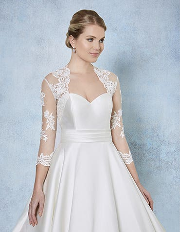 Halle lace bridal bolero front Amixi th