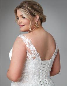 Hallie - a romantic boho gown