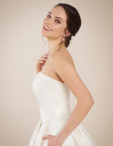 Helene ballgown wedding front crop Anna Sorrano th