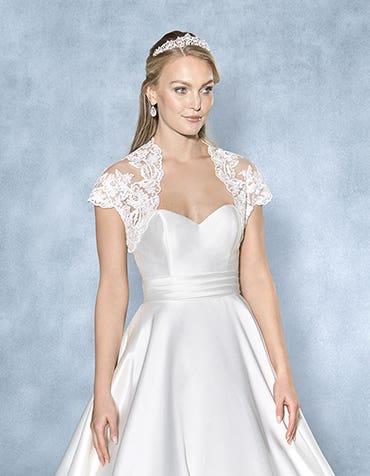 Isla lace bridal jacket front crop Amixi th