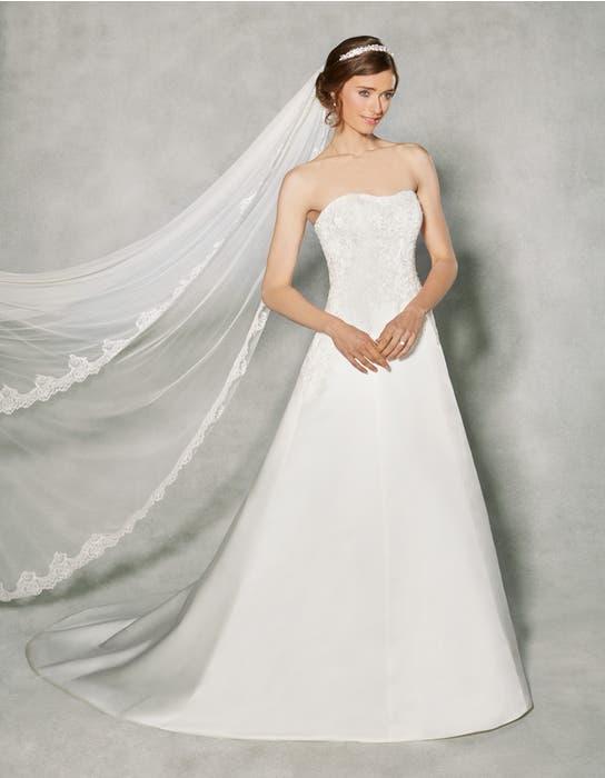 Joanna aline wedding dress front Anna Sorrano