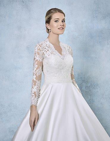 Katherina bridal jacket front Amixi th