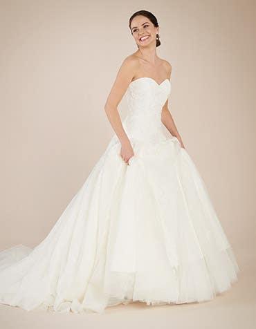 Larissa fit _ flare wedding dress front2 Anna Sorrano th