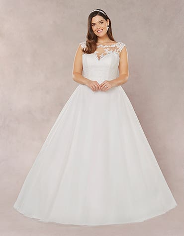 Laura aline wedding dress front Bellami th