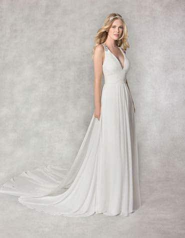 LELA - a v-neck chiffon gown