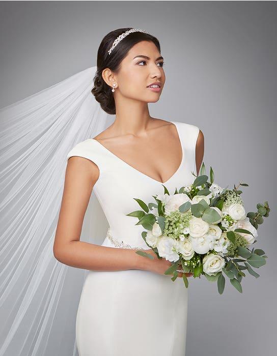 Magda sheath wedding dress front crop Anna Sorrano