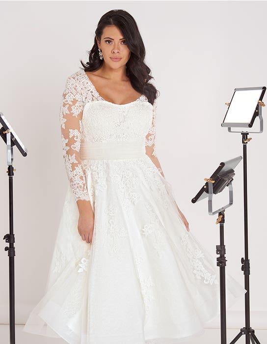 Maria short wedding dress front crop Edit Bellami