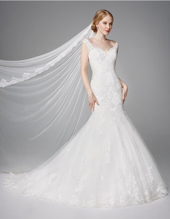 Meryl fishtail wedding dress front Anna Sorrano