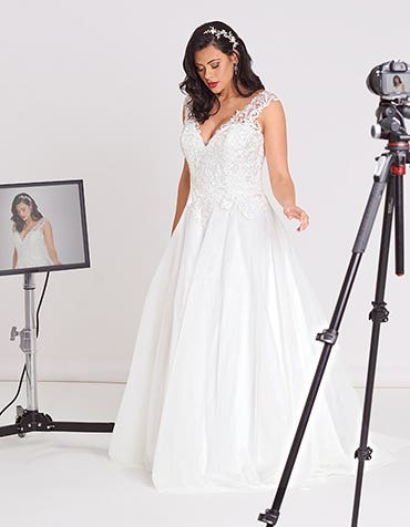 Nigella A_line wedding dress front Edit Bellami th