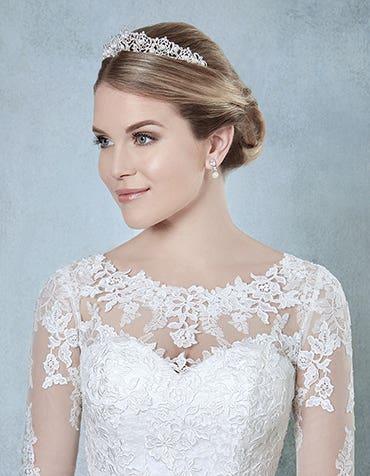 Perla bridal tiara front Amixi thumbnail