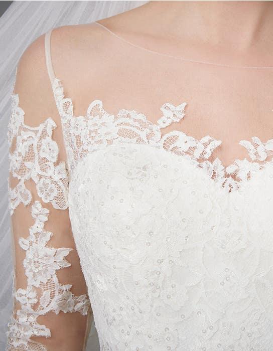 Pippa aline wedding dress detail Anna Sorrano