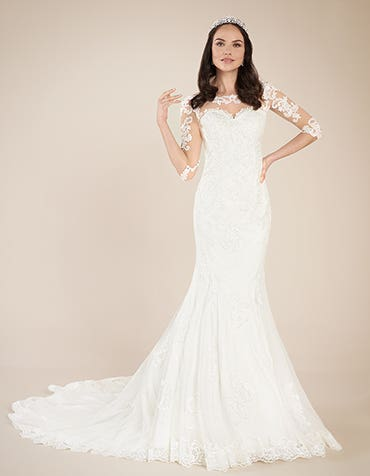 Quinn fishtail Wedding dress front Viva Bride th