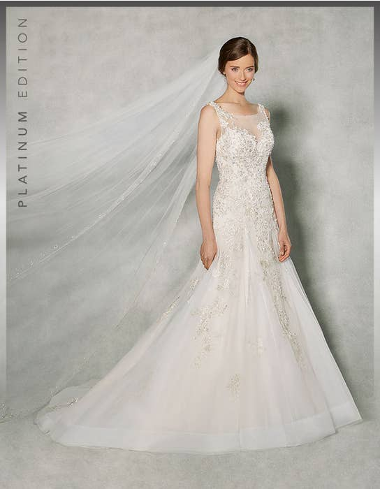 Raphaela fit _ flare wedding dress front Anna Sorrano