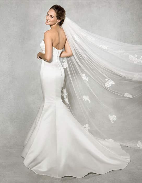 Reese fishtail wedding dress back Anna Sorrano