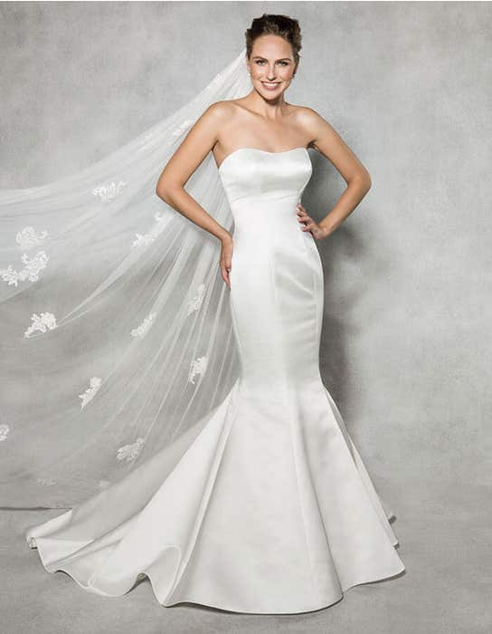 Reese fishtail wedding dress front Anna Sorrano
