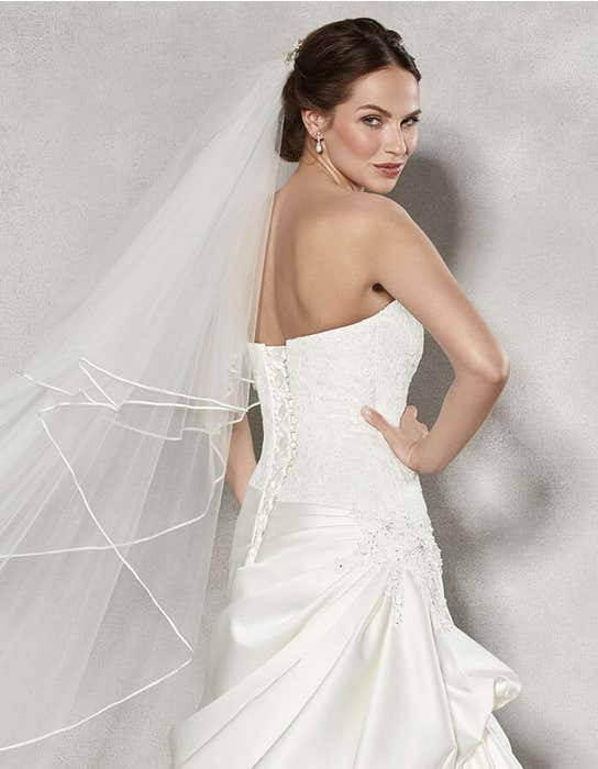 Renata flit _ flare wedding dress crop back Anna Sorrano
