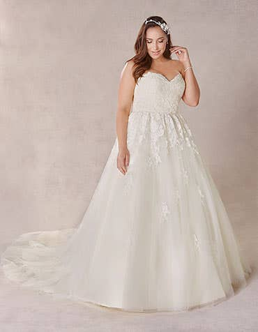 Robyn ballgown wedding dress front Bellami th