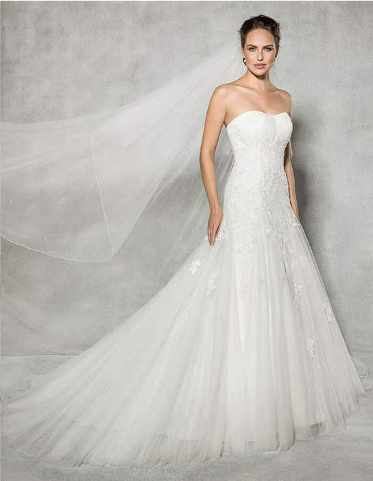 Rosalie fit _ flare wedding dress front Anna Sorrano