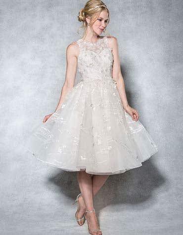Roxy short wedding dress front Viva Bride th