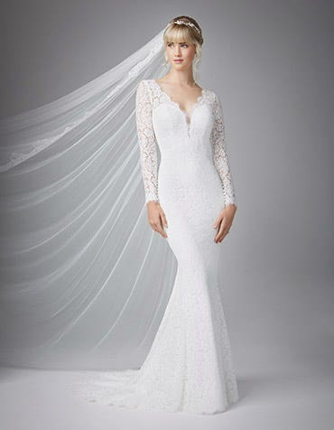 Samantha sheath wedding dress front Anna Sorrano th